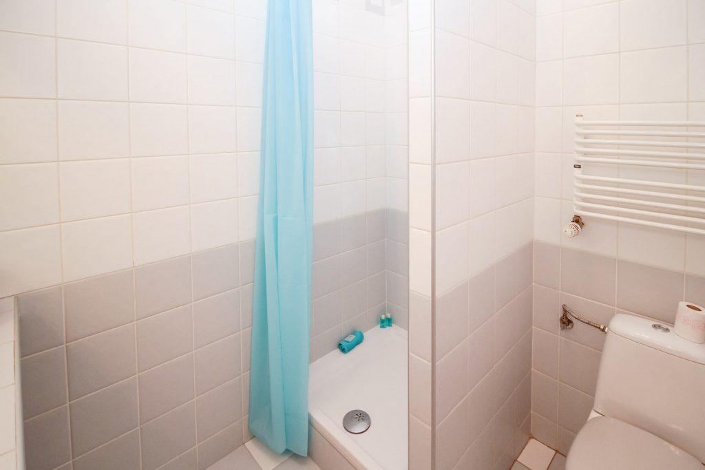 Clean shower drain in Toronto